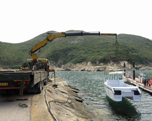 Boat-Logistics-Crane-Lift